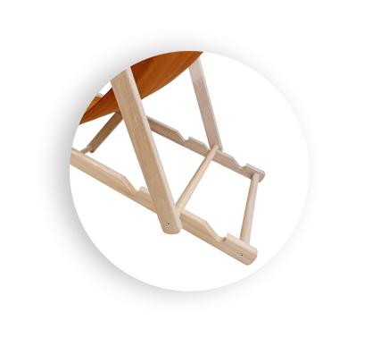 regulowany drewniany leżak plażowy