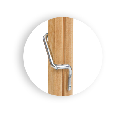 regulacja leżaka drewnianego